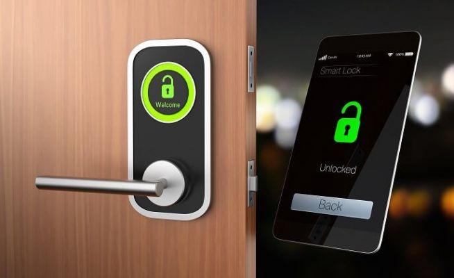 Tại sao mọi người hiện nay có xu hướng chọn khóa cửa thông minh