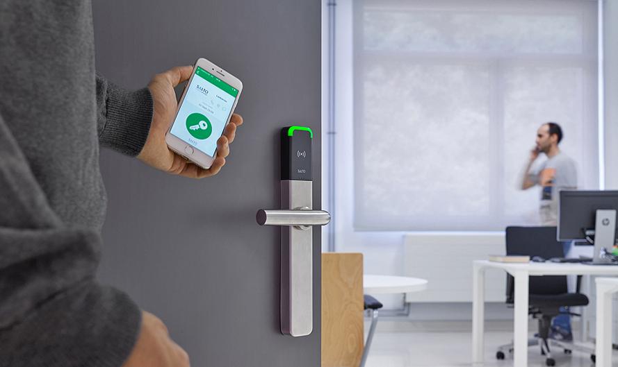BLUEnet - Công nghệ cập nhật khóa không cần dây điện theo thời gian thực