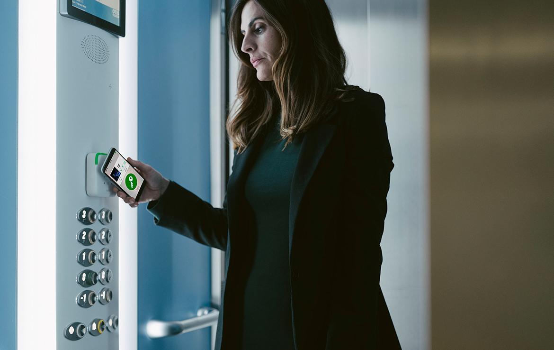 Xu hướng sử dụng công nghệ mobile key trong các khách sạn giúp hạn chế sự lây lan dịch bệnh covid 19